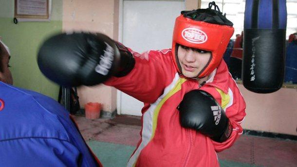 302856-sadaf-rahimi-afghanistan-woman-olympic-boxer